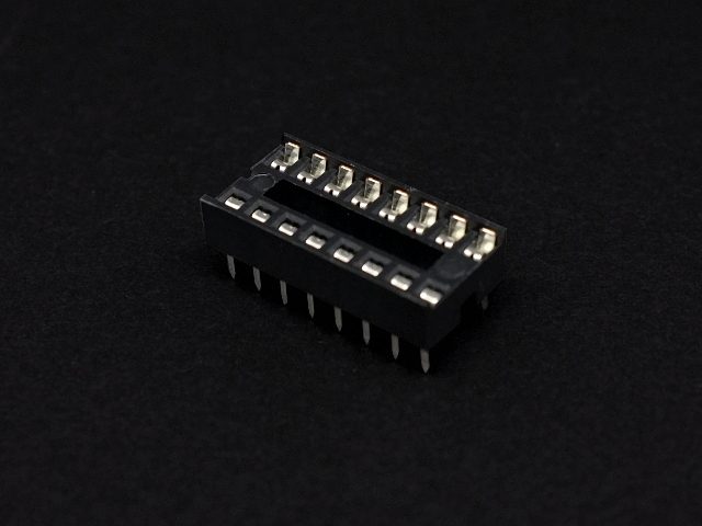 Image of 16 pin IC Socket (4 Pack)